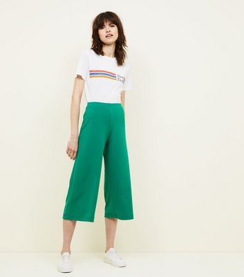 Green Crepe Scuba Cropped Trousers