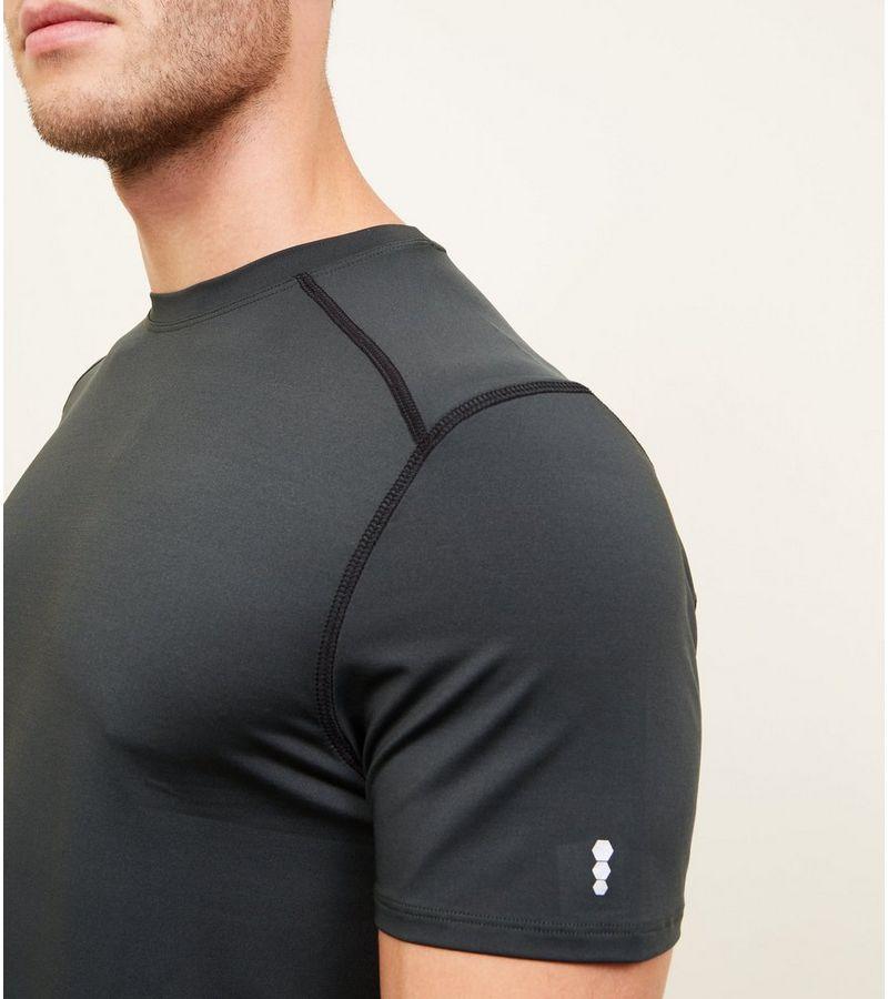 New Look - t-shirt mit stretch-anteil und sportivem flair - 5