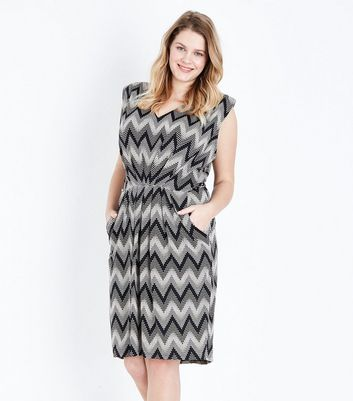 Blue Vanilla Curves Black Zig Zag Dress