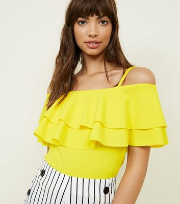 Cameo Rose Yellow Frill Cold Shoulder Top