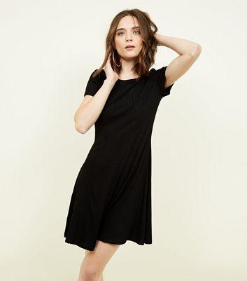schicke schwarze kleider plus schwarze schuhe