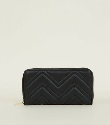 Black Chevron Quilted Zip Aroun Purse