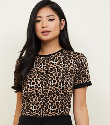 Petite Brown Animal Print Trim T-Shirt