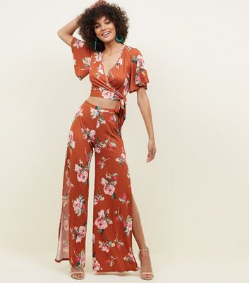 Rust Floral Slinky Flutter Sleeve Crop Top