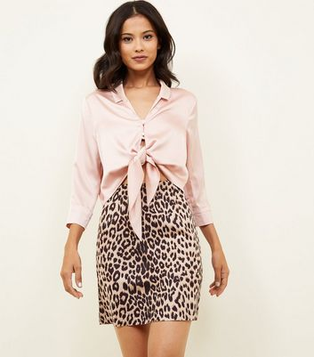 Cameo Rose Brown Leopard Print Mini Skirt