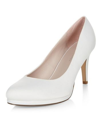 Wide Fit Ivory Bridal Court Shoes   New