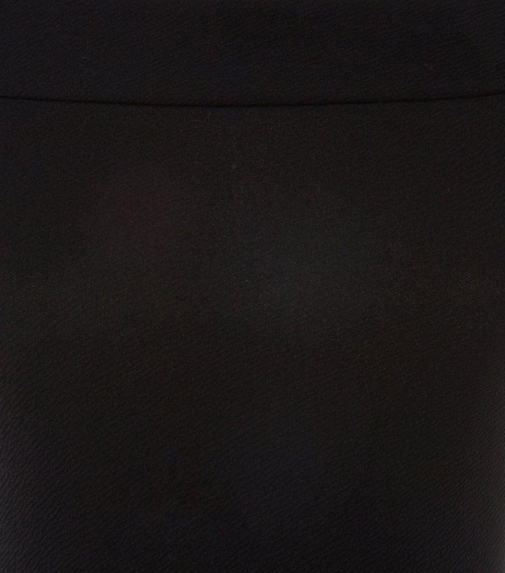 ... Robe patineuse noire à col bateau pour ado. ×. ×. ×. Shopper le look ae316bd7f068