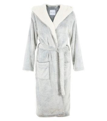 Grey Fluffy Dressing Gown New Look