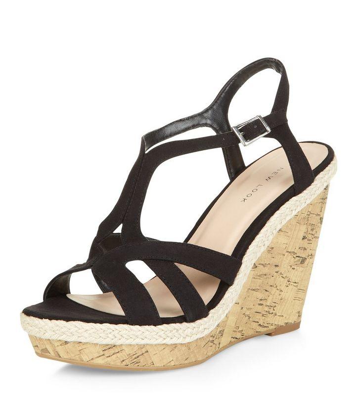 cdbb32adbe282d Chaussures compensées noires en liège avec brides | New Look