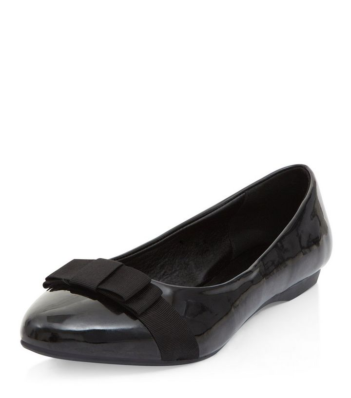 6137289b2fcf5 Wide Fit Black Patent Bow Front Ballet Pumps | New Look