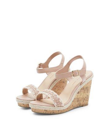 Sandales Wide Fit taupe à talons compensés et brides tressées avec crochet Ajouter à la Wishlist Supprimer de la Wishlist
