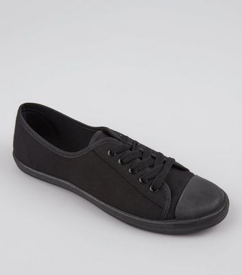 teens-black-lace-up-school-plimsolls