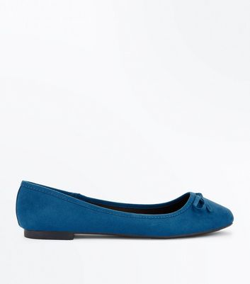 Wide Fit Teal Suedette Ballet Pumps New Look