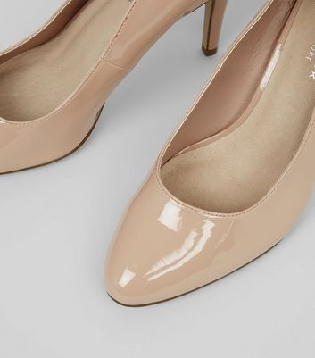 Wide Fit Cream Comfort Patent Court Shoes New Look