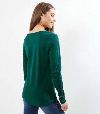 Tall Green Long Sleeve Crew Neck T-Shirt New Look