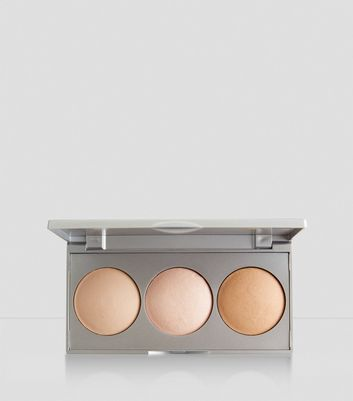 Trio Strobe Highlighter Palette New Look