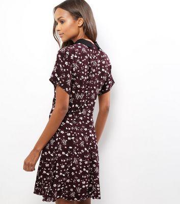 Burgundy Floral Print Short Sleeve Swing Dress New Look