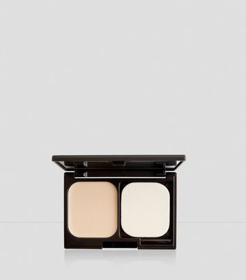 Porcelain Flawless Foundation Compact New Look
