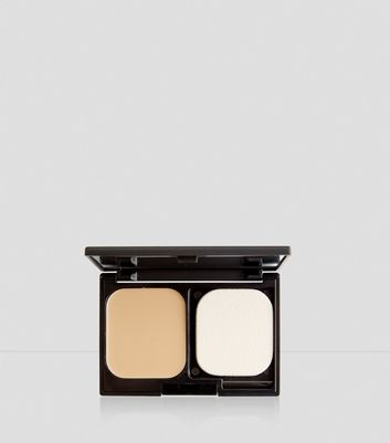 Natural Beige Flawless Foundation Compact New Look