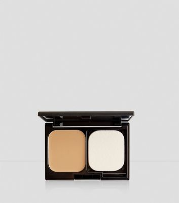 Natural Tan Flawless Foundation Compact New Look