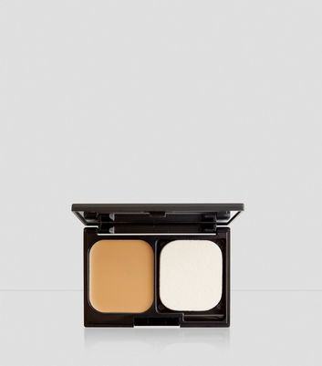 Rich Tan Flawless Foundation Compact New Look