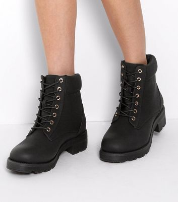 Wide Fit Black Lace Up Boots   New Look