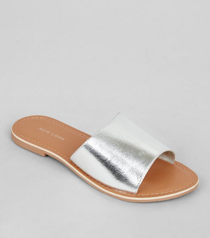 873350d71f26 Silver Leather Sliders