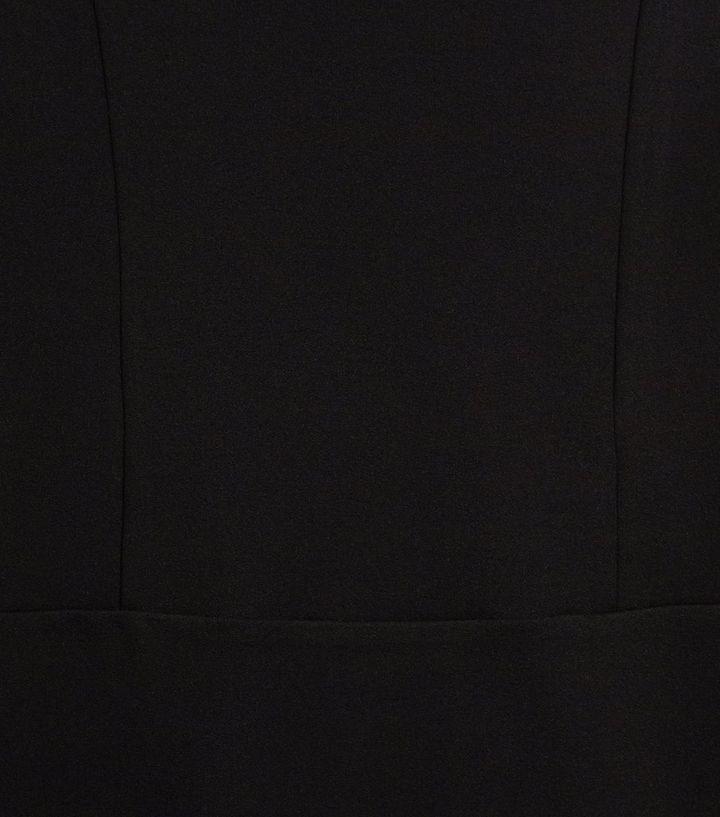 ef245bb807336 ... Ados - Robe moulante noire à épaules dénudées et empiècement en tulle.  ×. ×. ×. Shopper le look