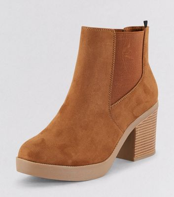 Wide Fit Tan Suedette Chunky Heeled Boots New Look