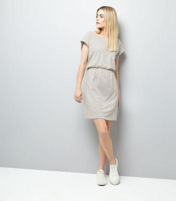 Light Grey Belted T-Shirt Dress New Look
