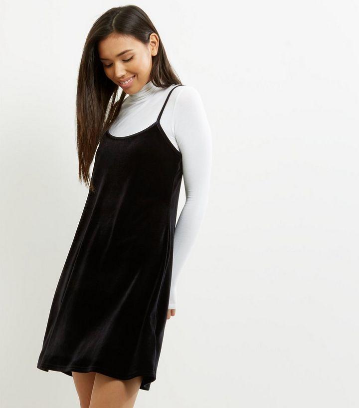 Robe Patineuse En Velours Noir A Bretelles New Look