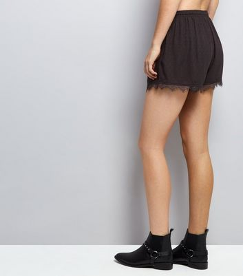 Black Jacquard Texture Lace Hem Shorts New Look