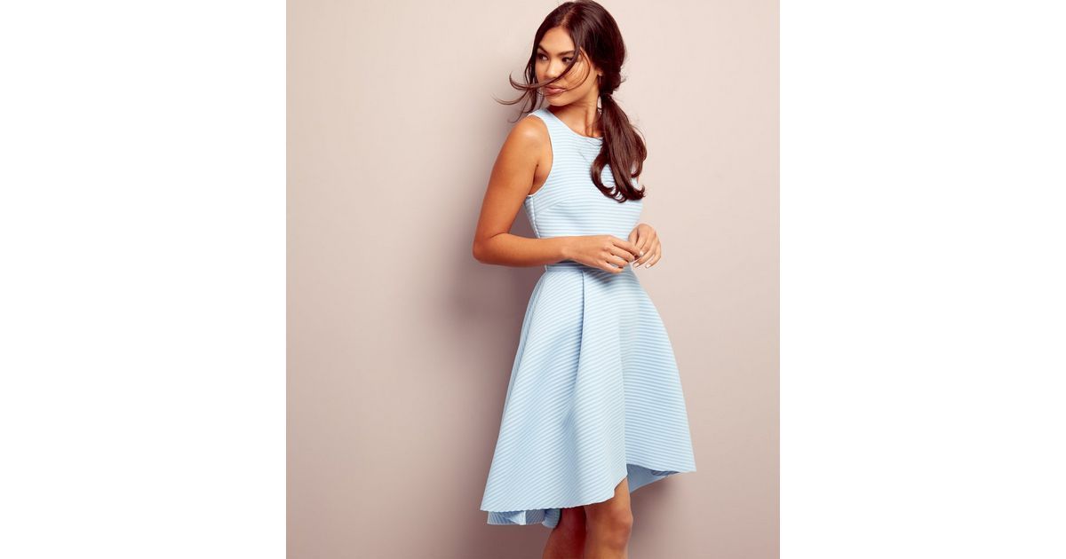 Robe Bleu Clair En Neoprene A Ourlet Plongeant Cotelee New Look