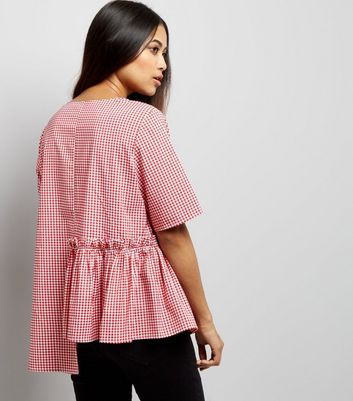Petite Red Gingham Spliced Peplum Hem Top New Look