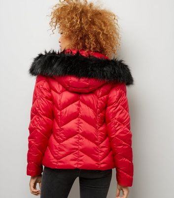 Red Faux Fur Trim Hooded Chevron Puffer Jacket New Look