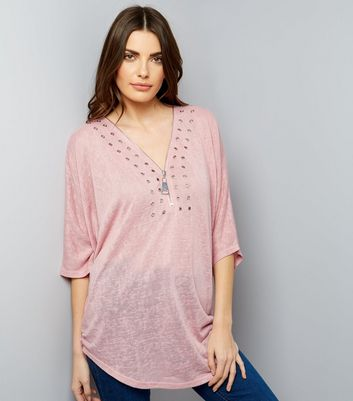 QED Mid Pink Eyelet Trim 3/4 Sleeve Top New Look