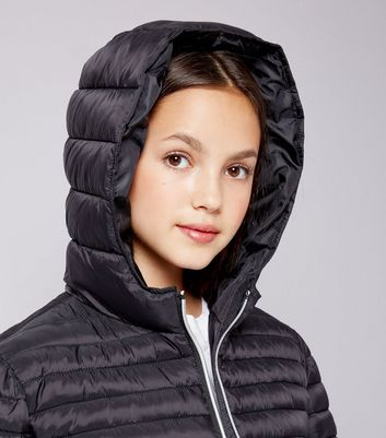 Teens Black Lightweight Puffer Jacket New Look