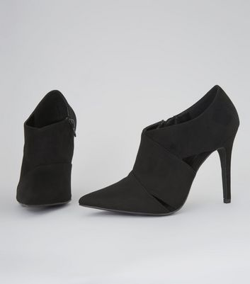 Black Suedette Cut Out Side Pointed Shoe Boots