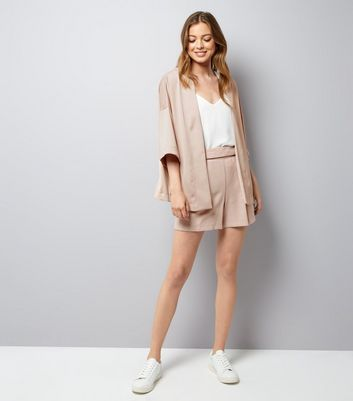 Mid Pink Crepe Tie Waist Shorts New Look