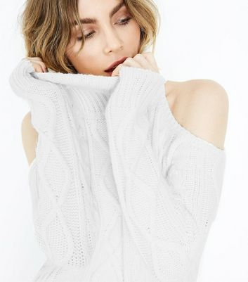 Cream Cable Knit Cold Shoulder Jumper New Look