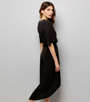 Black Wrap Front Midi Dress New Look
