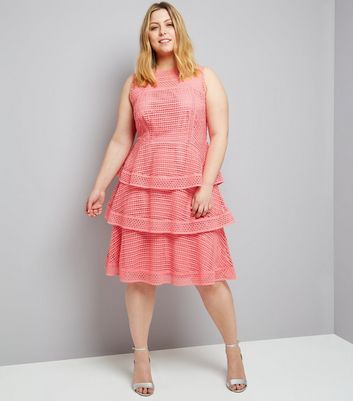Curves Pink Premium Tiered Lace Dress New Look