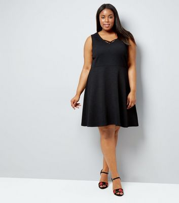 Curves Black Lattice Front Jacquard Skater Dress New Look