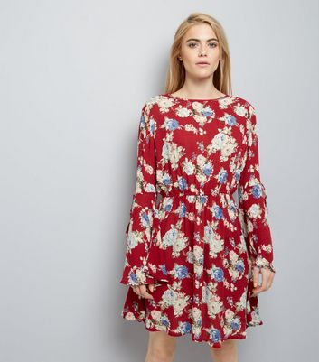 Red Floral Flare Sleeve Skater Dress New Look
