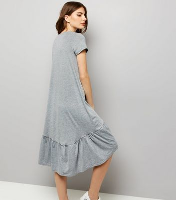 Grey Short Sleeve Drop Hem Dress New Look