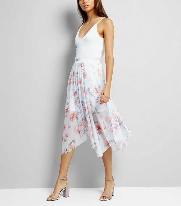 700b4a2021 White Floral Print Hanky Hem Midi Skirt   New Look
