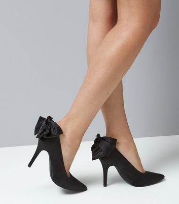 Black Satin Bow Back Court Heels New Look