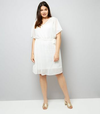 Curves Cream Spot Chiffon V Neck Dress New Look