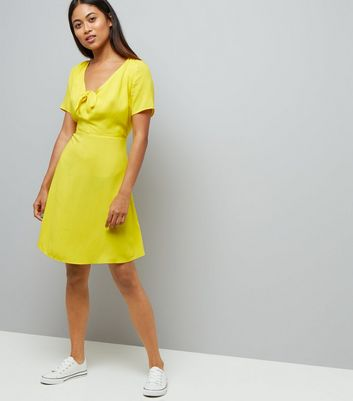 Petite Yellow Knot Front Skater Dress New Look