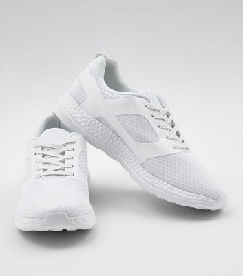 white-runner-lace-up-trainers